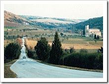 The peaceful road to Mastrojanni