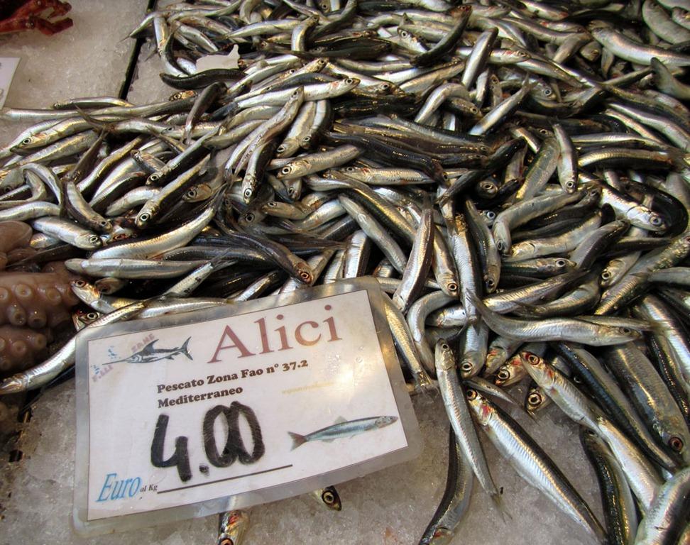 Venice rialto fish market a photo review dall 39 uva for Local fish market