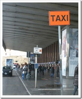 roma-taxi-stand