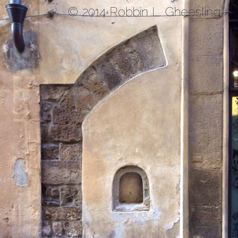 The Wine Doors of Florence & The Wine Doors of Florence | Dallu0027Uva